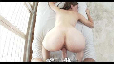 She Sucked And Ejaculated With Big Tits