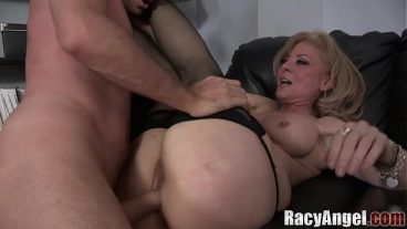 TRANS Fucks a girl in the pussy and ass